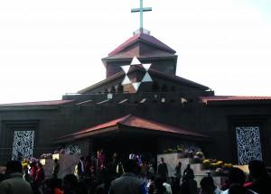 26-12-13 Manoranjan - Banaras Church