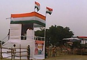 भाषण देत कांग्रेस पार्टी के उपाध्यक्ष राहुल गाँधी