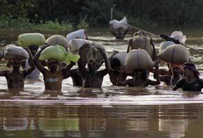 31-10-13 Desh Videsh - Floods
